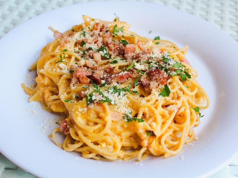 Spaghetti-a-la-carbonara